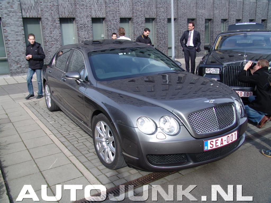 Foto: Bentley Rolls Royce Phantom combo!