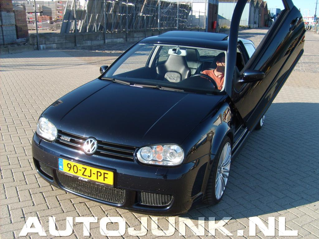 volkswagen golf iv r32 foto 39 s 12782. Black Bedroom Furniture Sets. Home Design Ideas