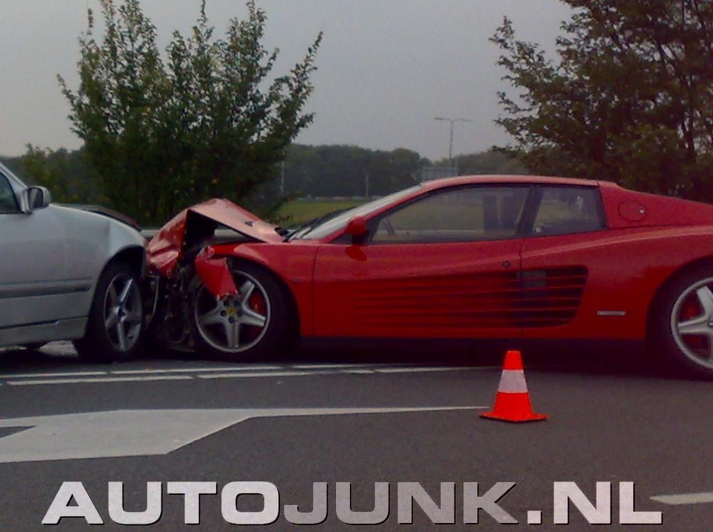 Ferrari Testarossa.