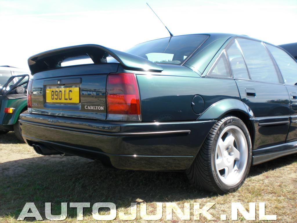 lotus carlton police chase vauxhall lotus carlton a car the police won 39 t chase patina 39 s. Black Bedroom Furniture Sets. Home Design Ideas