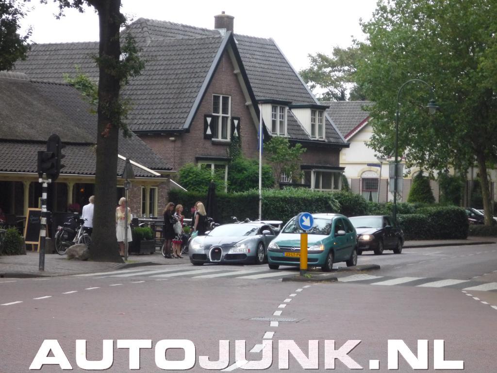 nl Laren 29792 Autojunk Foto's In Bugatti Veyron » xq4BwFUYU
