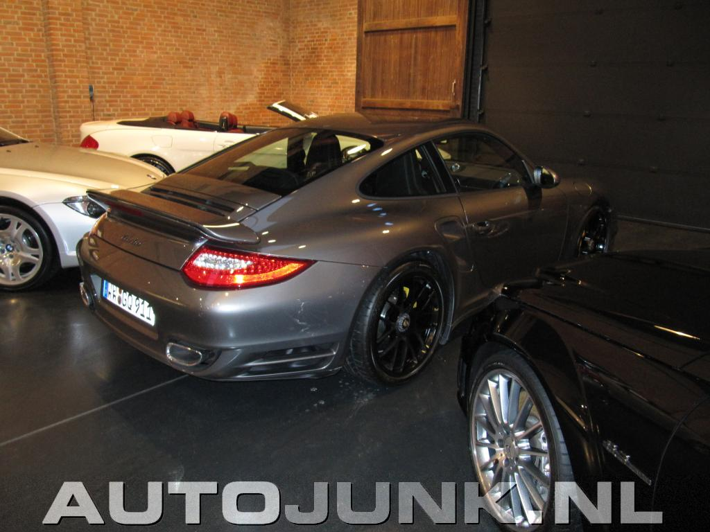 porsche 997 turbo facelift foto 39 s 33632. Black Bedroom Furniture Sets. Home Design Ideas