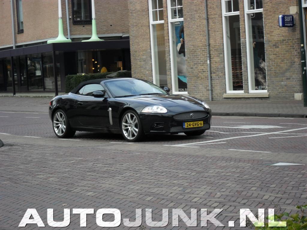 jaguar-xkr-convertible-23_01.jpg