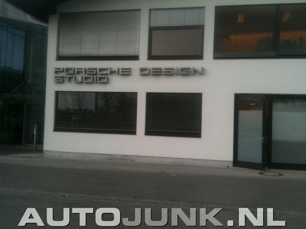 porsche design studio foto 39 s 39645. Black Bedroom Furniture Sets. Home Design Ideas