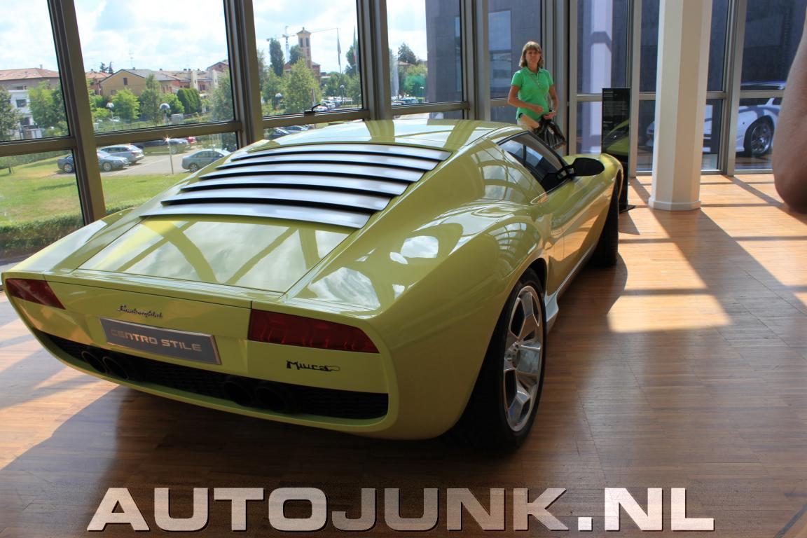 2010 Lamborghini Concept S photo - 3