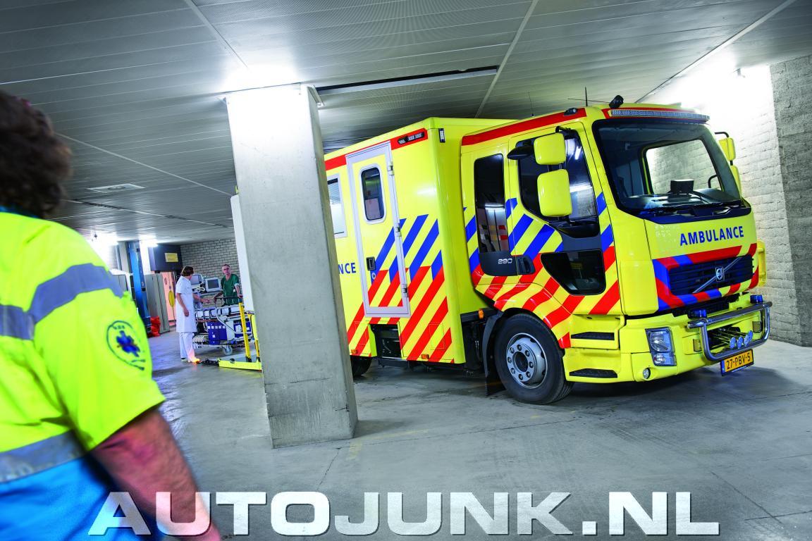 Bijzondere Volvo Fl Micu Ambulance Voor Vza Foto S