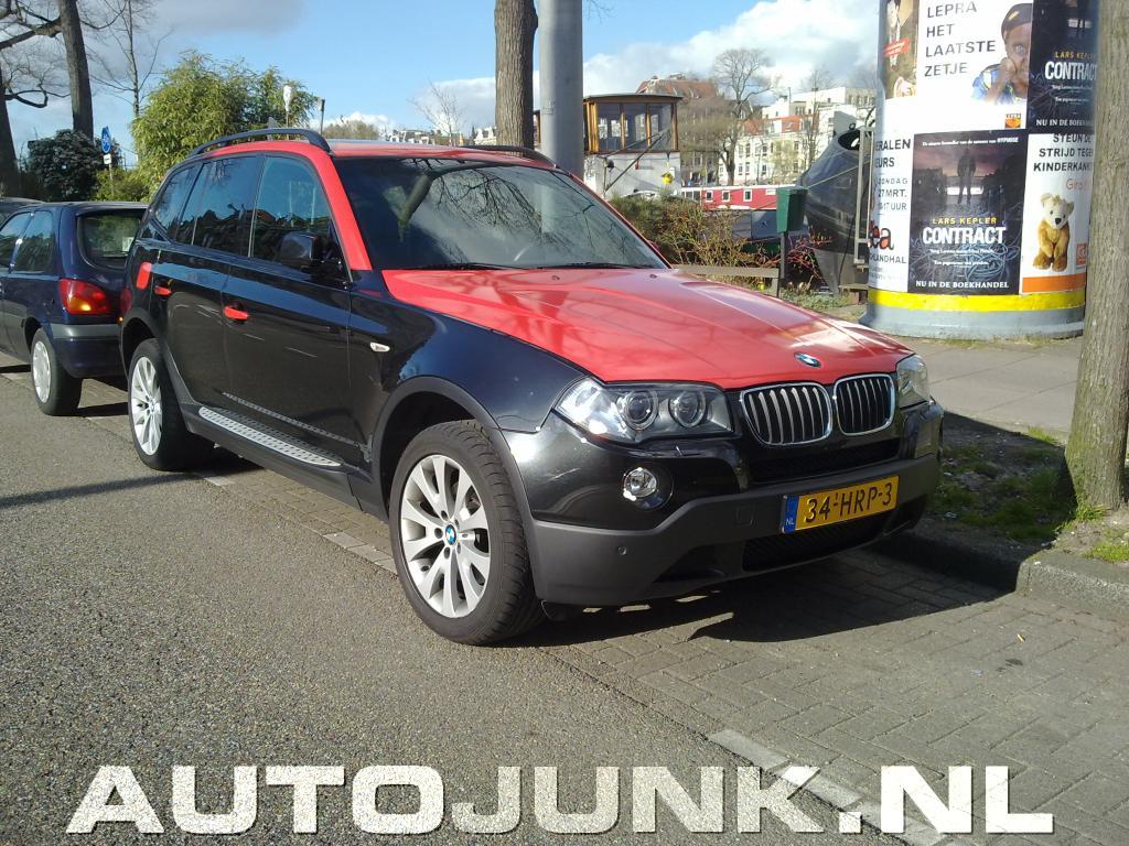 X3 car - Color: Black Red  // Description: amazing