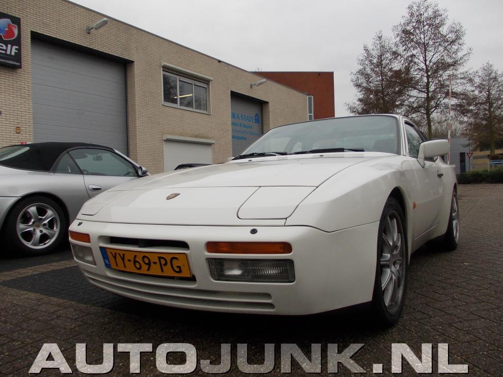 Porsche 944 turbo 1985 foto's » Autojunk.nl (68546)