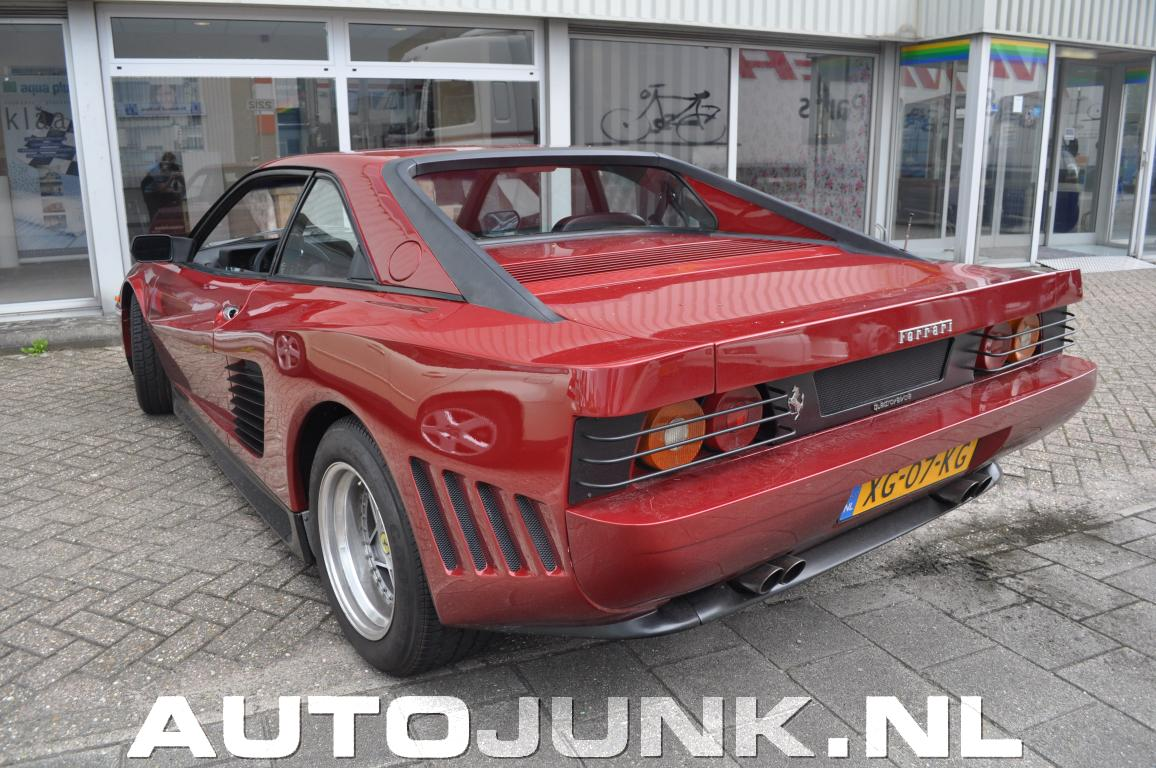 ferrari mondial quattrovalvole custom testarossa bodykit foto 39 s autoj. Black Bedroom Furniture Sets. Home Design Ideas