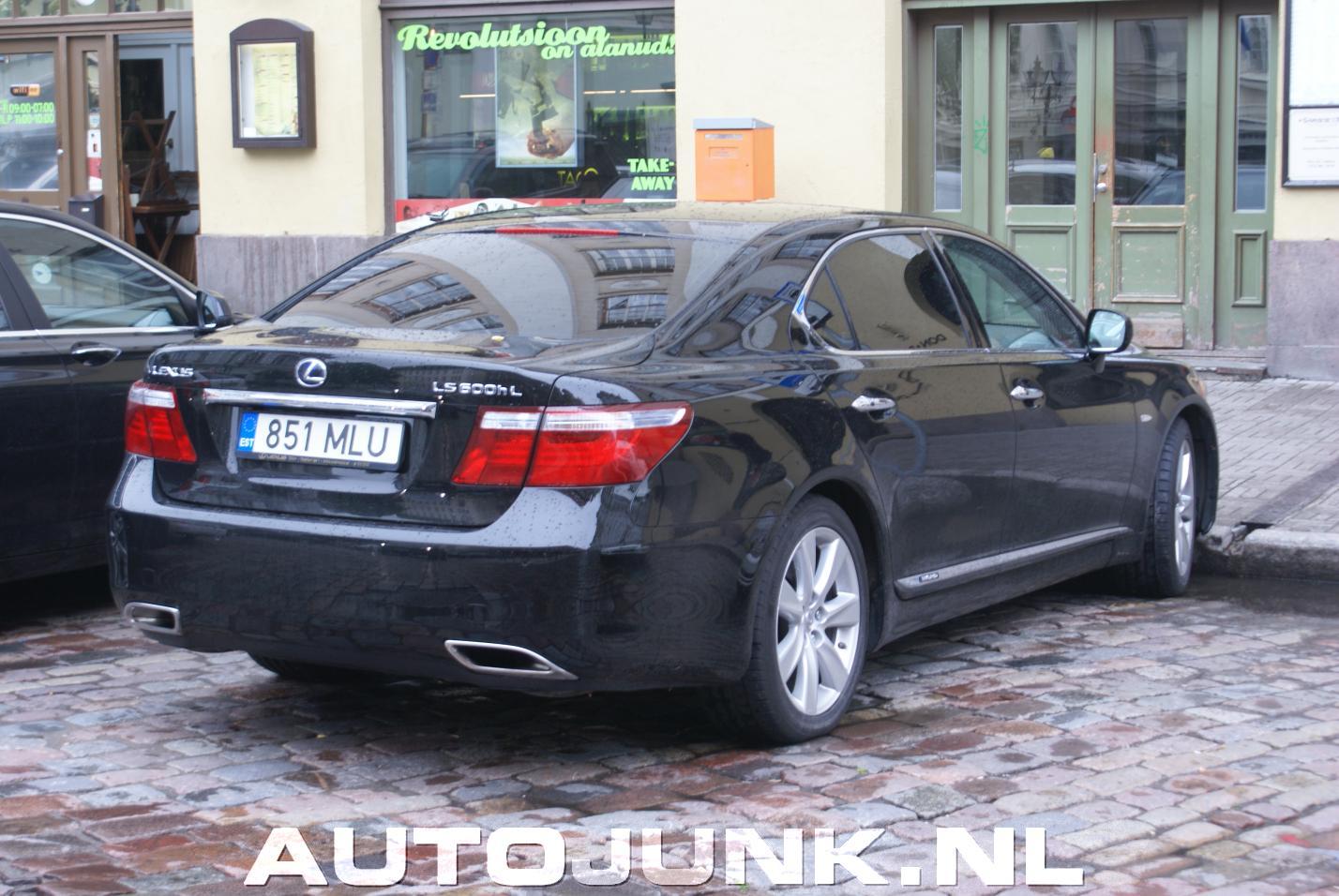 Luxe Report September 2012 Lexus LS600hL, combo met 7-serie foto's » Autojunk.nl (80651)