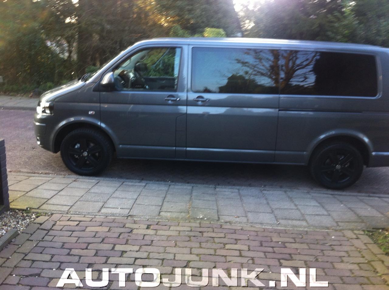 Ongekend Volkswagen transporter mat zwarte velgen foto's » Autojunk.nl (91373) WD-08