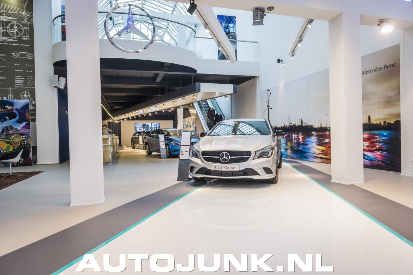 Mercedes winkel in den haag foto 39 s 96788 for Reiswinkel den haag