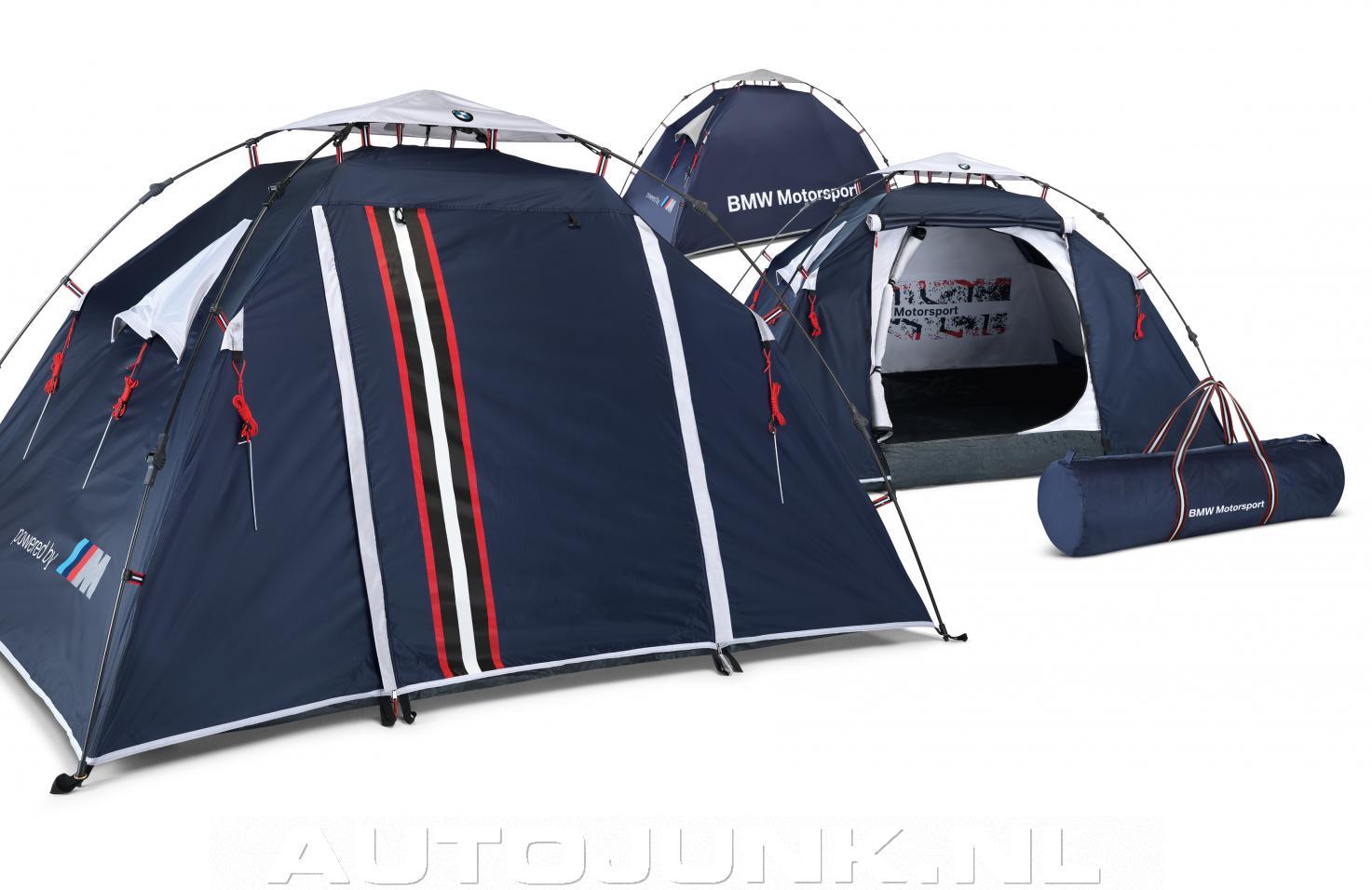 bmw motorsport tent foto 39 s 97469. Black Bedroom Furniture Sets. Home Design Ideas