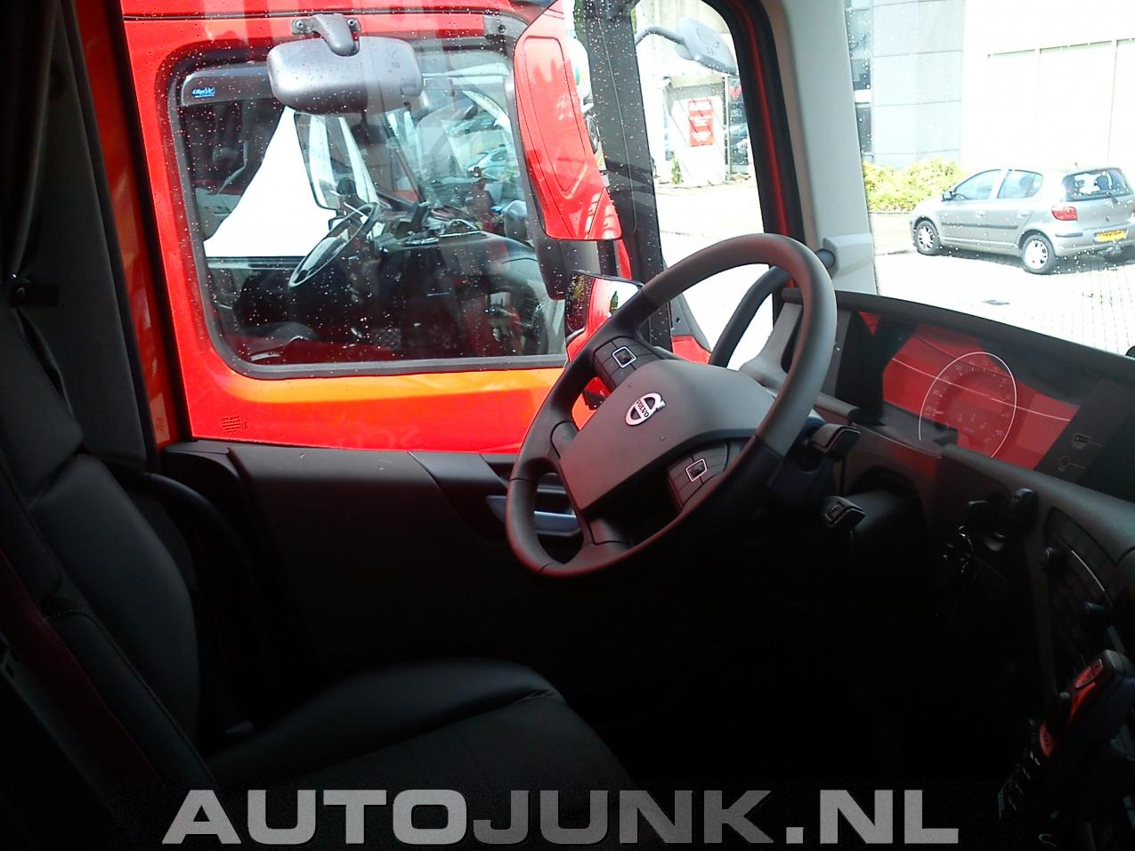 Marvelous Peterbilt En Nieuwe Volvo Fh Fotos Autojunk Nl 103878 Ocoug Best Dining Table And Chair Ideas Images Ocougorg