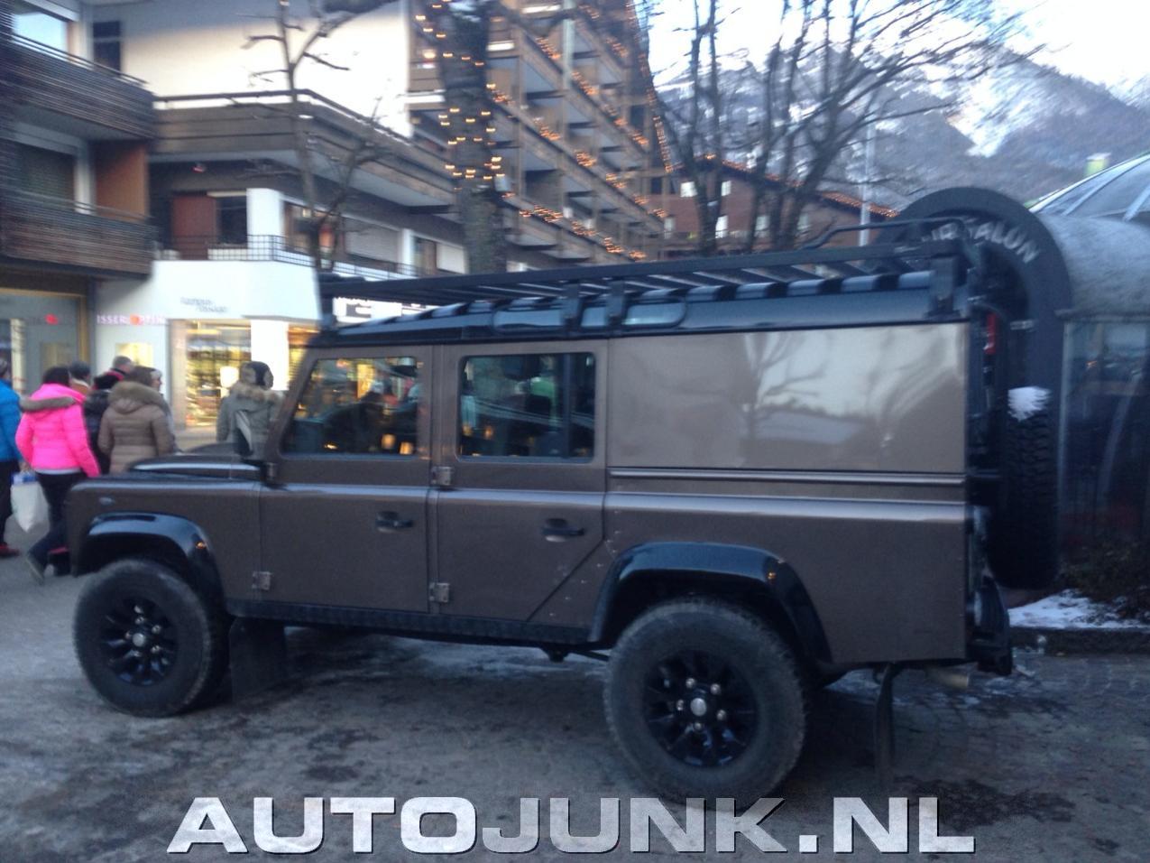 Zeer Moderne Land Rover Defender Foto S 187 Autojunk Nl 109487