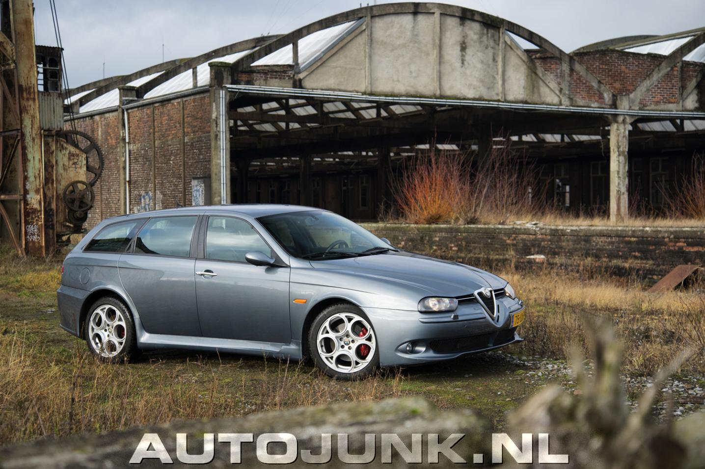 alfa romeo 156 gta sportwagon foto 39 s 111766. Black Bedroom Furniture Sets. Home Design Ideas