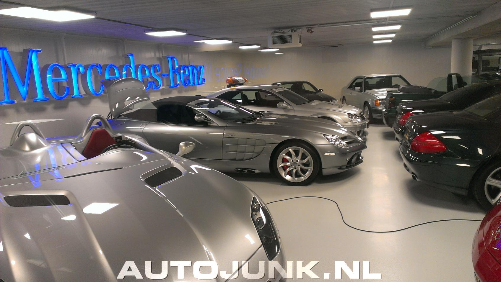 In mercedes benz garage foto 39 s 112207 for Mercedes benz garages