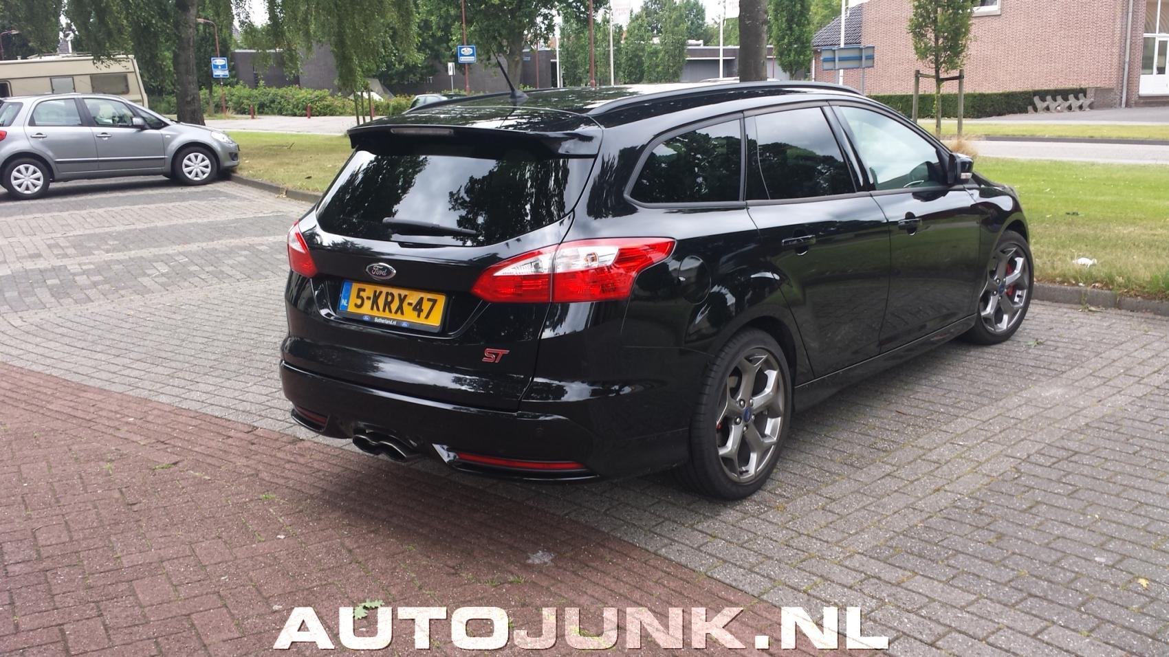 Ford Focus Wagon ST foto's » Autojunk.nl (120495)