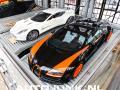 Foto: Aston Martin ONE77 vs Bugatti Veyron Vitesse WRC