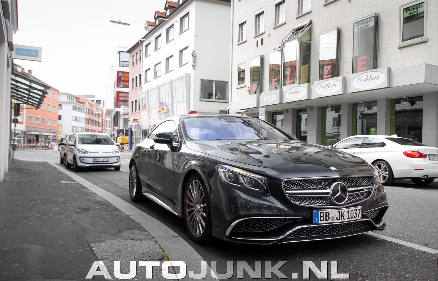 mercedes benz s 65 amg coupe c217 foto 39 s 122631. Black Bedroom Furniture Sets. Home Design Ideas
