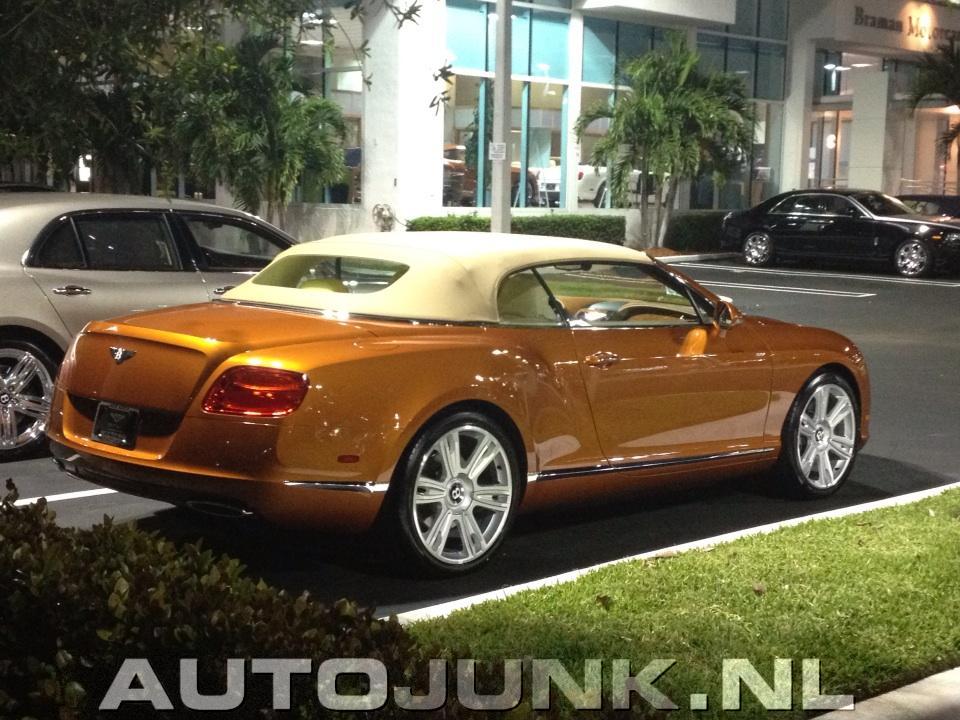 Bentley/Rolls-Royce Dealer Palm Beach. Foto's » Autojunk