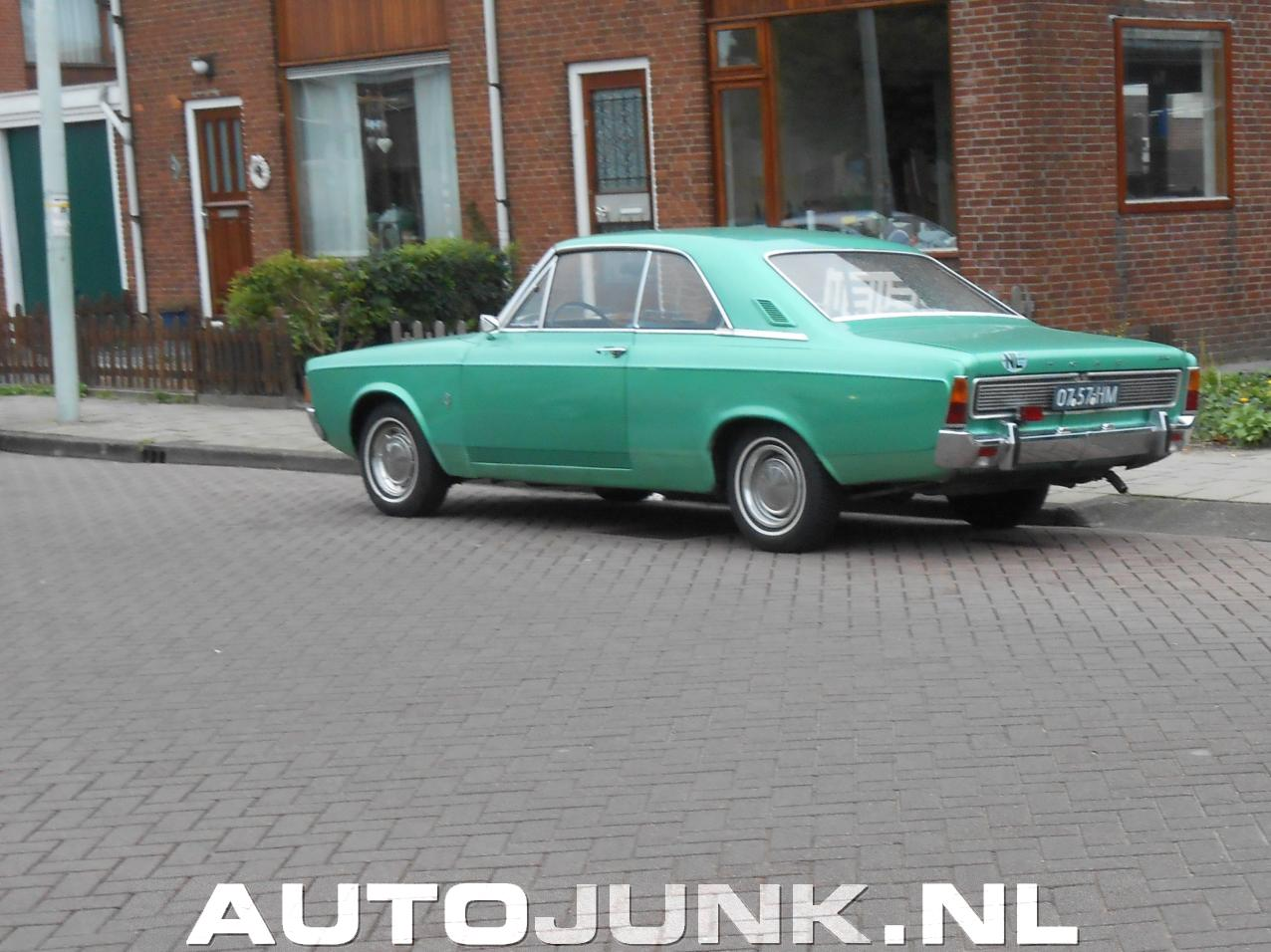 https://static.autojunk.nl/pictures/2014/1013/070439/ford-taunus-20m-v6-hardtop_08.jpg