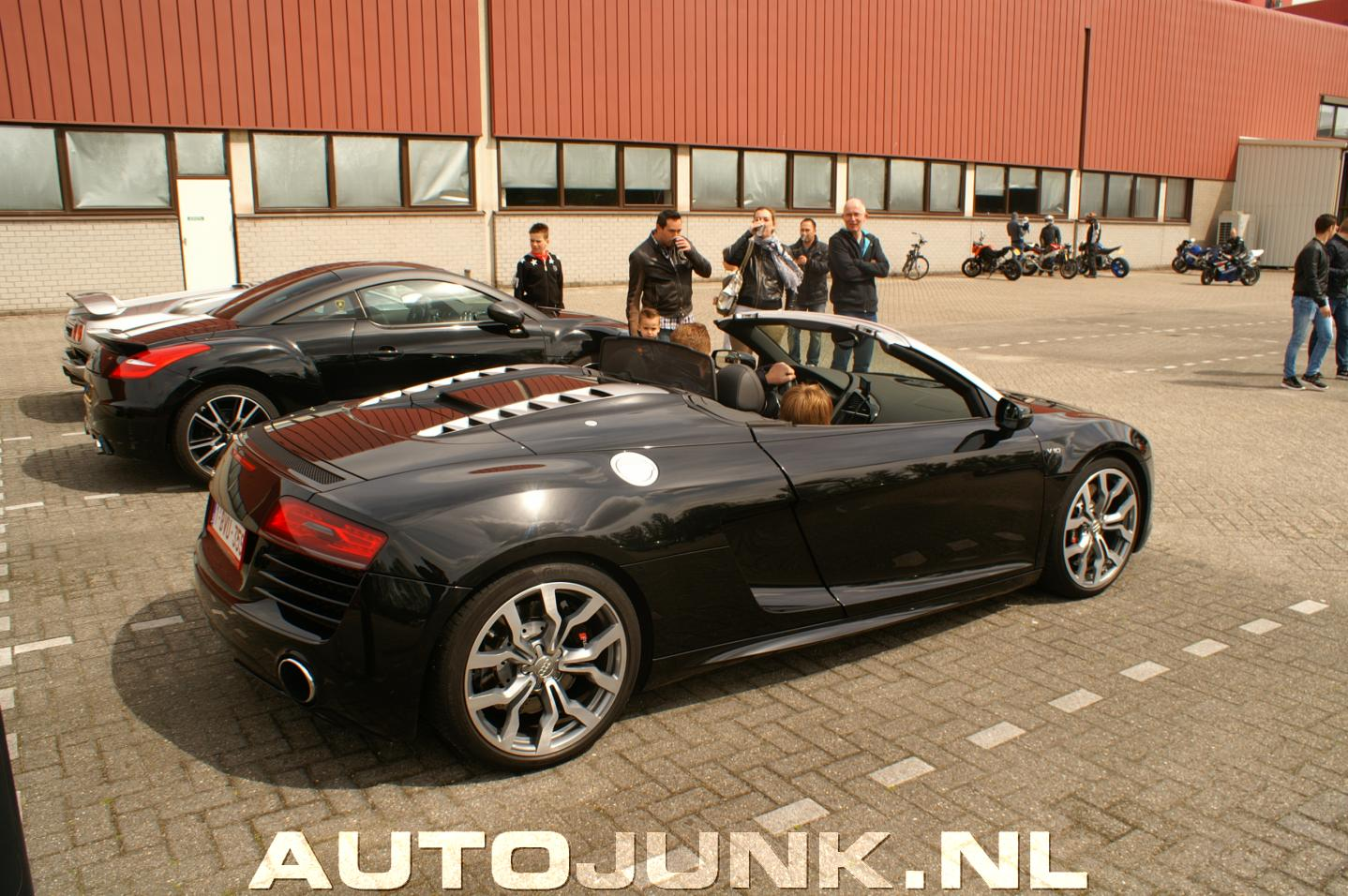 audi r8 v10 cabrio foto 39 s 141384. Black Bedroom Furniture Sets. Home Design Ideas