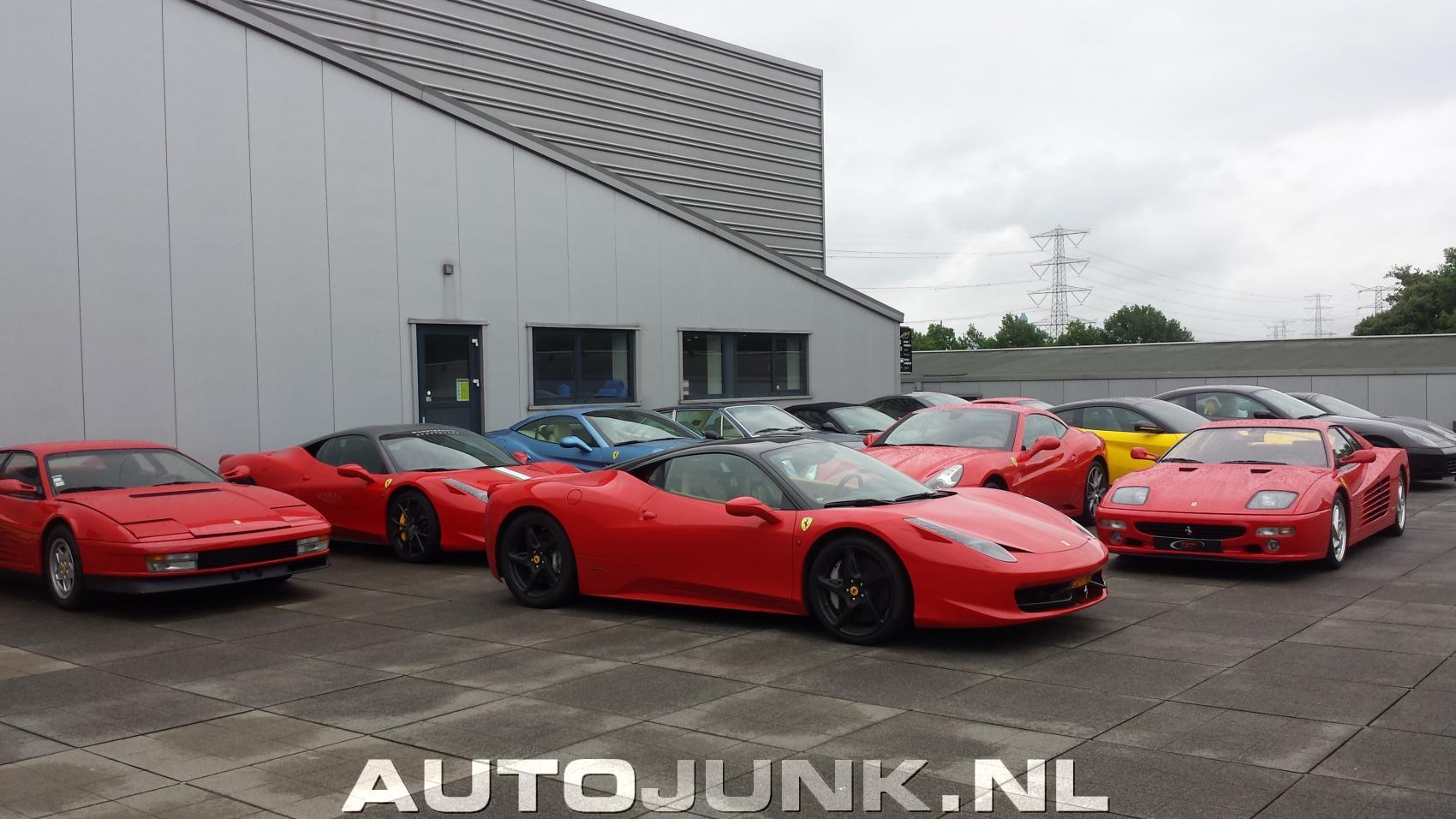 Enorme Ferrari Combo Bij Munsterhuis Hengelo Buiten Foto S