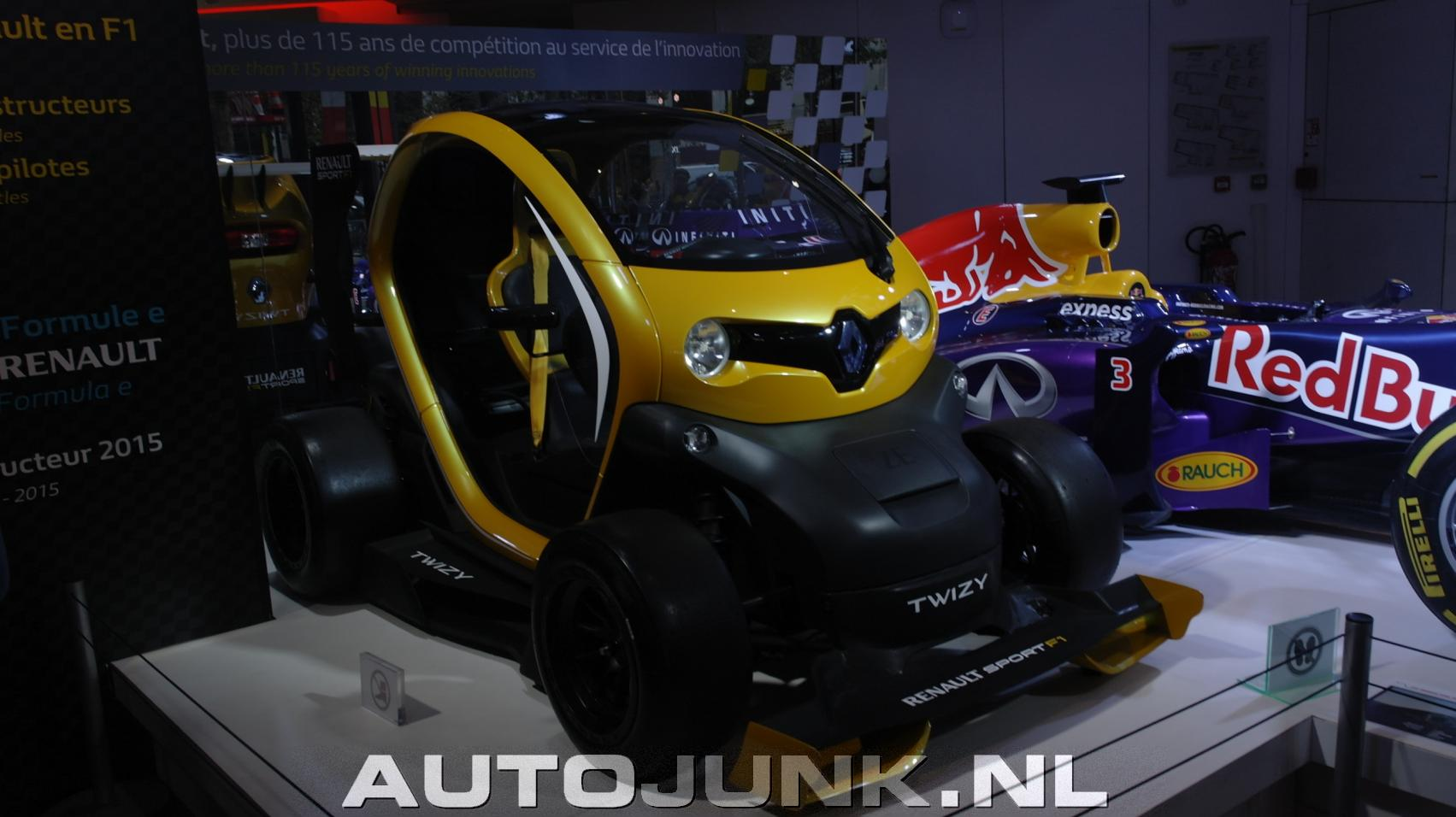 renault sport twizy f1 39 concept 39 foto 39 s 154994. Black Bedroom Furniture Sets. Home Design Ideas