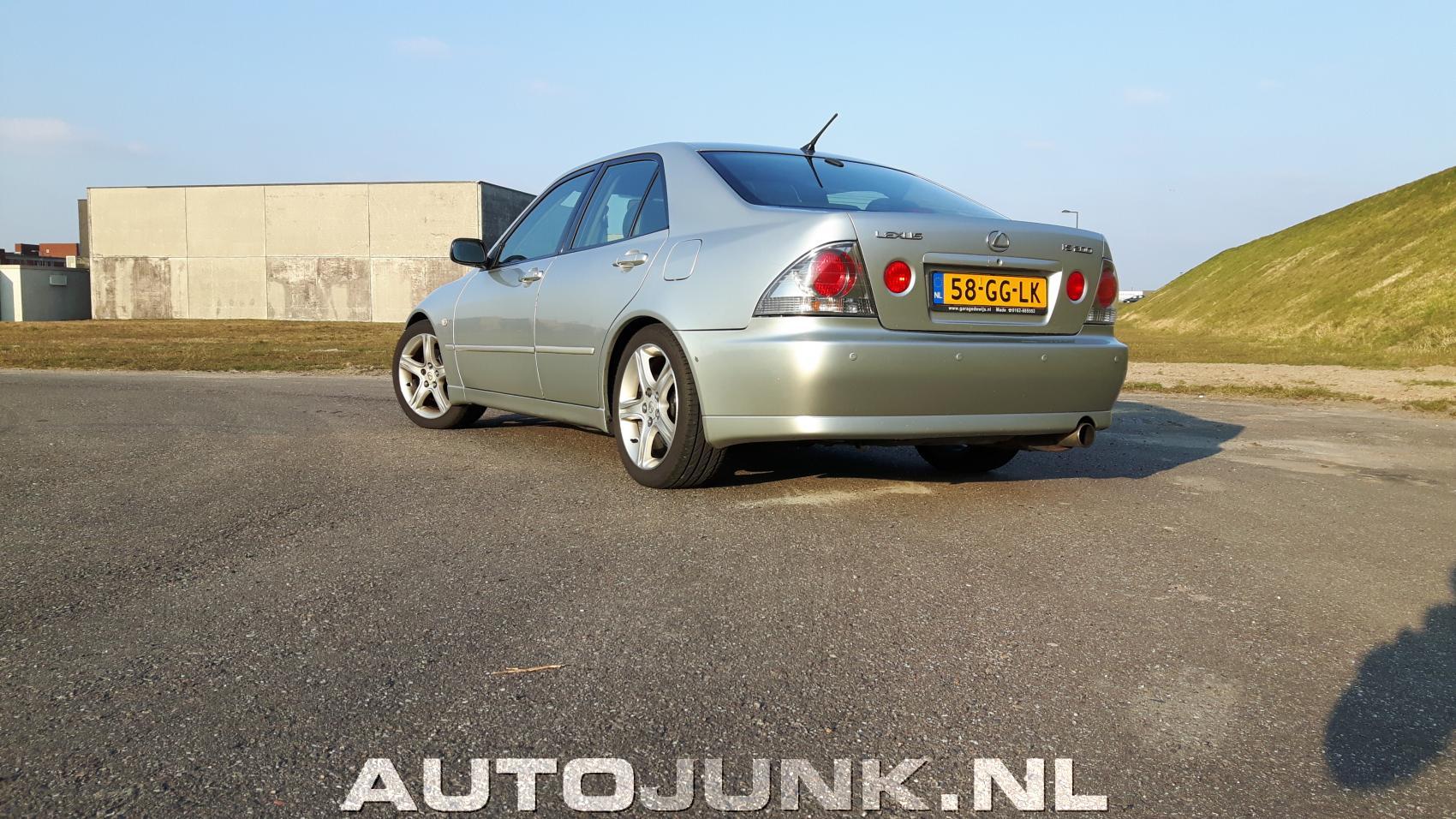 Lexus IS200 foto's » Autojunk.nl (164215)