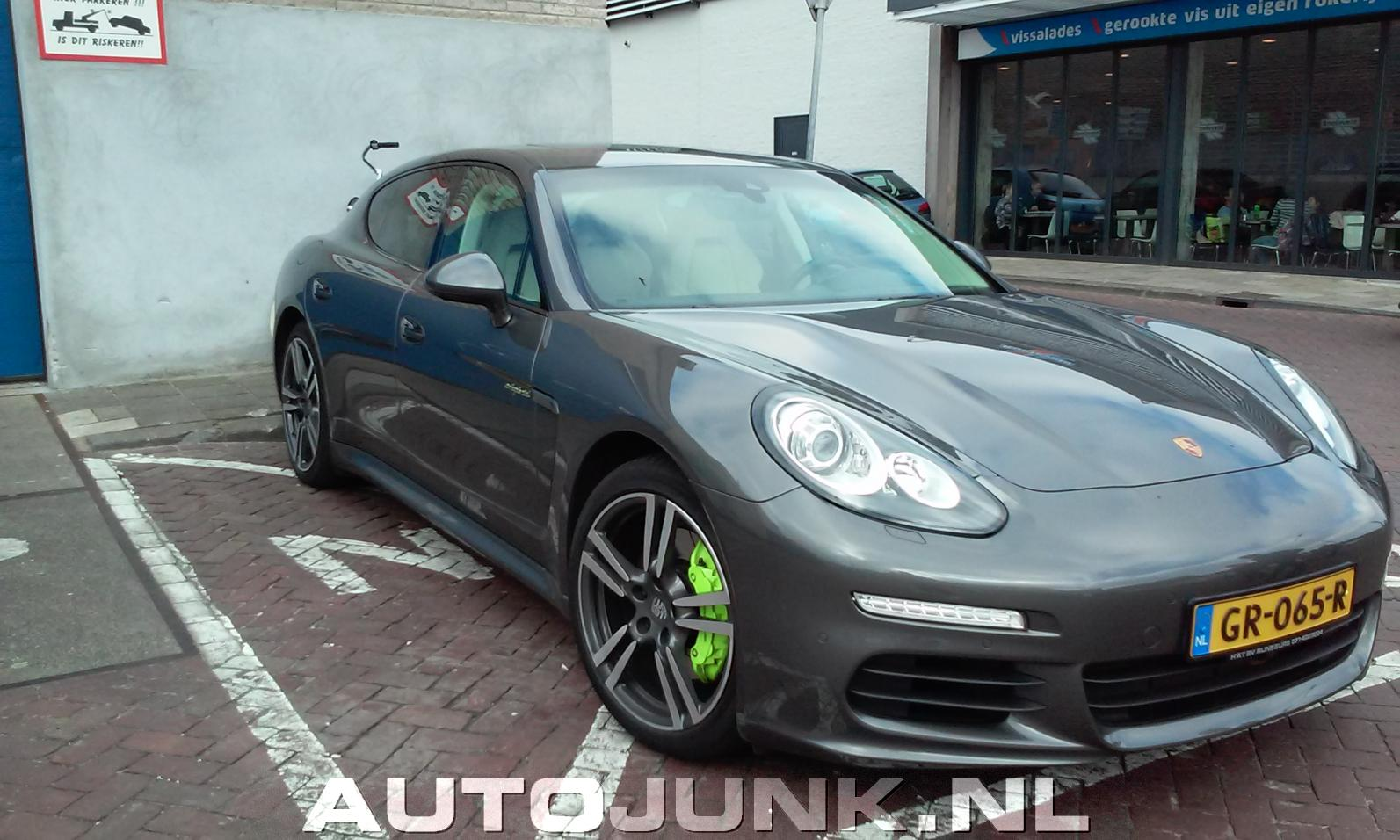 porsche panamera hybride foto 39 s 164803. Black Bedroom Furniture Sets. Home Design Ideas