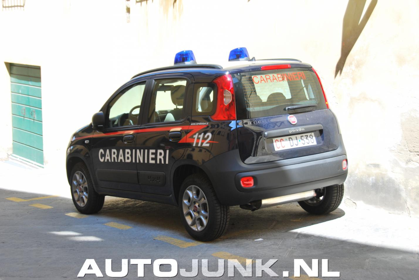 fiat panda van de carabinieri foto 39 s 176849. Black Bedroom Furniture Sets. Home Design Ideas
