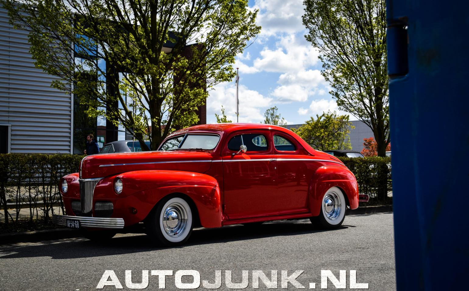 1941 Ford Coupe Fotos 194546 Red