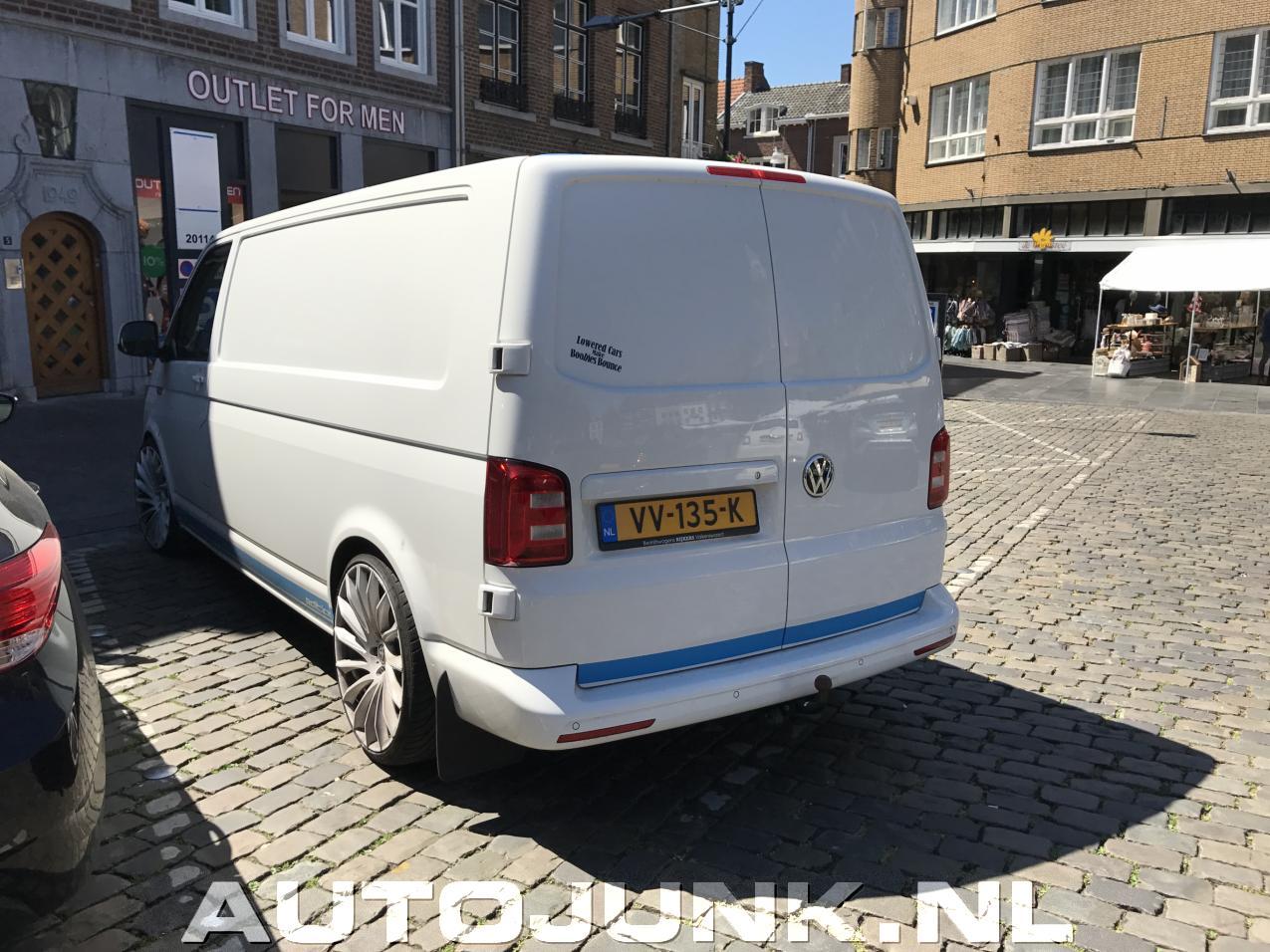 Volkswagen Transporter Met Flinke Velgen Fotos Autojunk