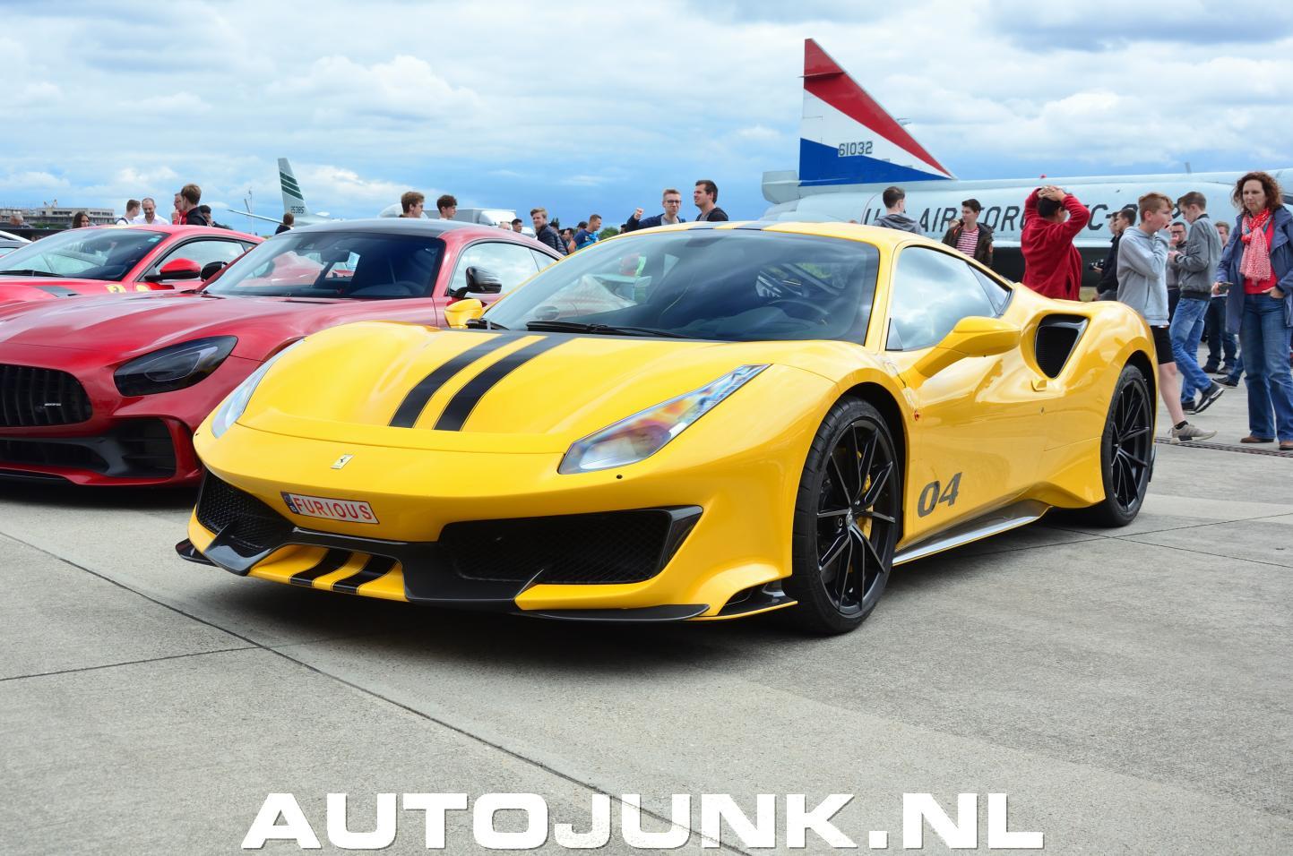 Ferrari 488 Pista Modena Yellow foto's » Autojunk.nl (243600)