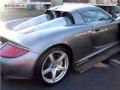 Video: Porsche Carrera GT valt van trailer